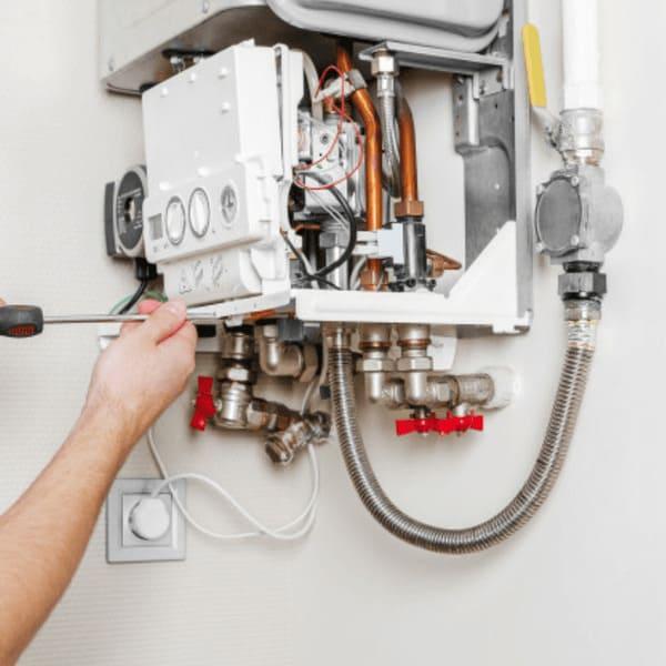 Réparation de chauffe-eau au gaz