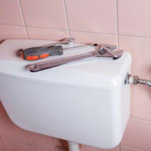 Réparation sur chasse d'eau
